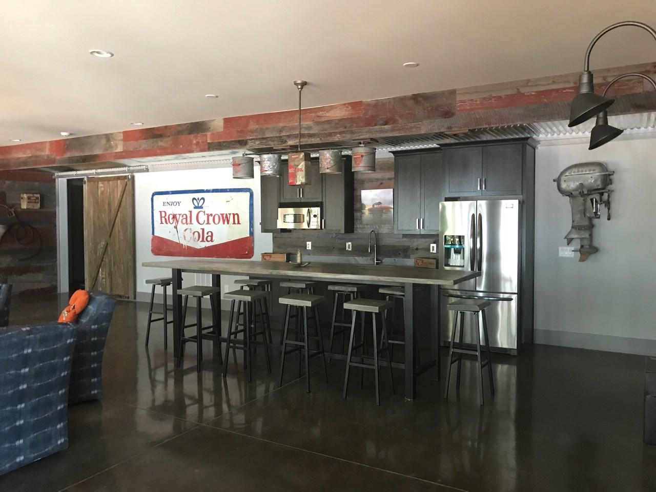 Vickers Bar