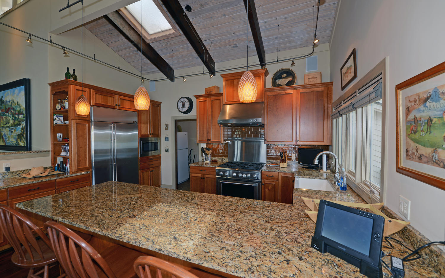 CONNOLY HOUSE-large-009-9-Kitchen-1500x938-72dpi