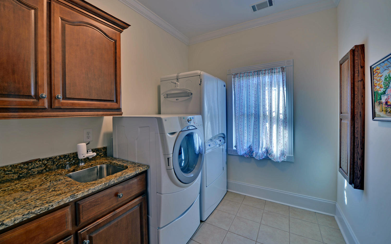 SPICER LAKE HOME-large-013-13-Laundry-1500x938-72dpi