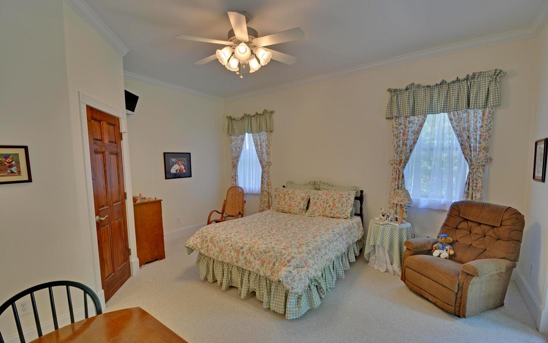SPICER LAKE HOME-large-021-21-Lower Bedroom-1500x938-72dpi