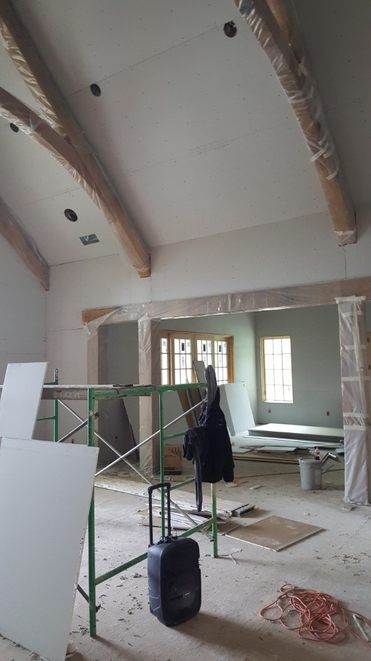 2-protecting the beams in prep for painting