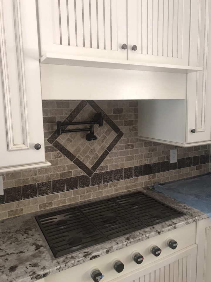 5-kitchen backsplash completed
